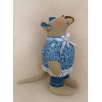 Ваниль М002 Мышка в голубой рубашке