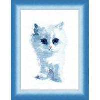 Чаривна Мить М-92 Белый кот