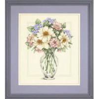 Dimensions 35228 Flowers in Tall Vase (Цветы в высокой вазе)