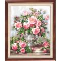 Гобелен Классик 919 Розы в серебряной вазе