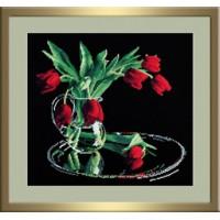 Овен 318 Тюльпаны на черном