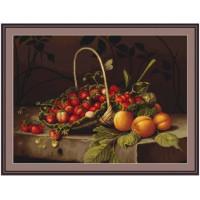 Luca-S B487 Корзина с клубникой и персиками