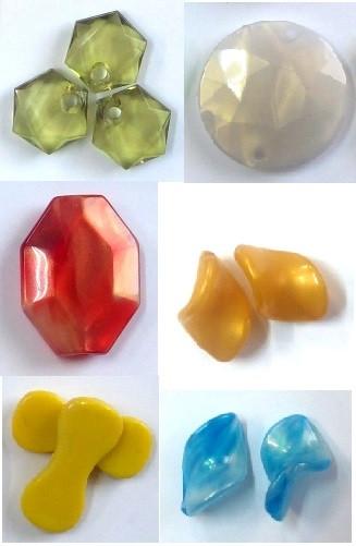 Бусины пластик ассорти, 100 г (косточка жёлт., 1,5 х 4 см)