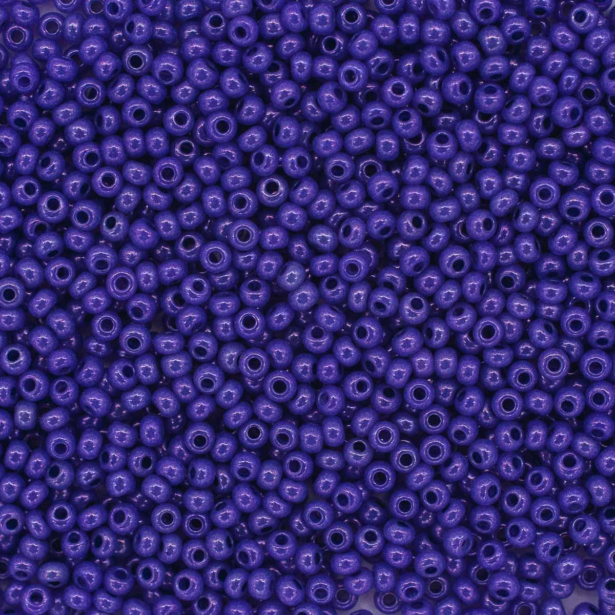Бисер алебастр с блест.покрытием и цв.центром 10/0, круг.отв., 20гр (17328) 331-19001-10/0  (арт. 7718529)