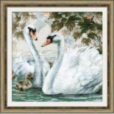 Набор для вышивания 1726 Белые лебеди