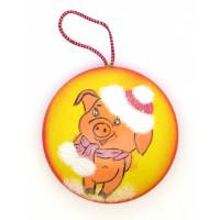 Туендатская мастерская Д-9 Декоративное изделие из пенопласта Медальон на подвесе Новогодний. Свинка