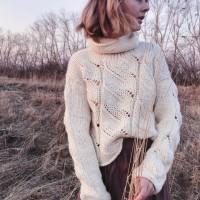 женский свитер от автора Марина
